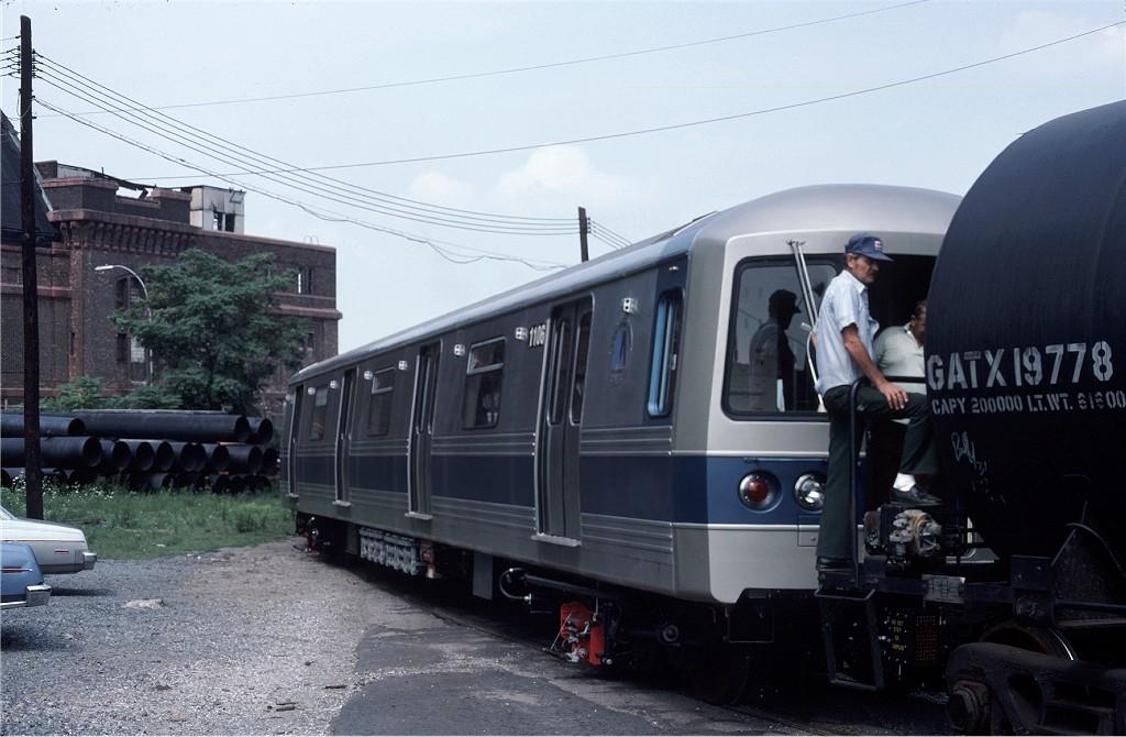 (167k, 1024x670)<br><b>Country:</b> United States<br><b>City:</b> New York<br><b>System:</b> New York City Transit<br><b>Location:</b> 1st Ave/50th St<br><b>Car:</b> R-46 (Pullman-Standard, 1974-75) 1106 <br><b>Photo by:</b> Ed McKernan<br><b>Collection of:</b> Joe Testagrose<br><b>Date:</b> 8/9/1977<br><b>Viewed (this week/total):</b> 0 / 949