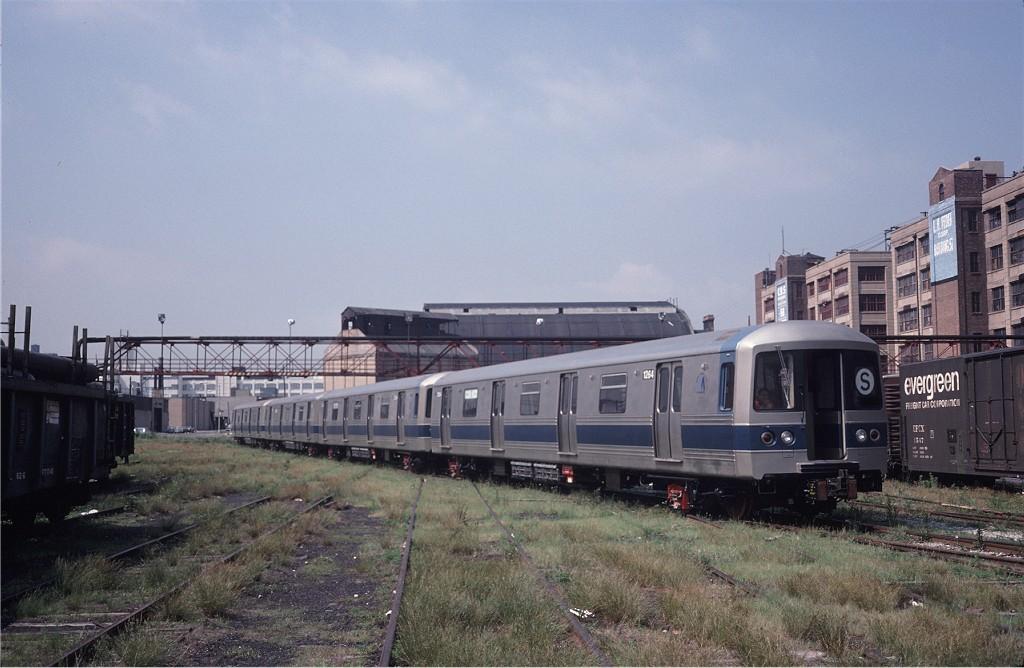 (176k, 1024x668)<br><b>Country:</b> United States<br><b>City:</b> New York<br><b>System:</b> New York City Transit<br><b>Line:</b> South Brooklyn Railway<br><b>Location:</b> 1st Ave/48th St.<br><b>Car:</b> R-46 (Pullman-Standard, 1974-75) 1264 <br><b>Photo by:</b> Steve Zabel<br><b>Collection of:</b> Joe Testagrose<br><b>Date:</b> 6/27/1977<br><b>Viewed (this week/total):</b> 0 / 723