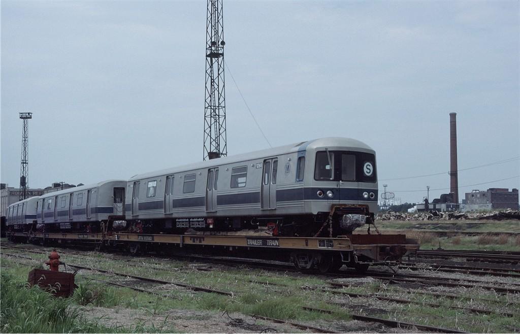 (172k, 1024x658)<br><b>Country:</b> United States<br><b>City:</b> Hoboken, NJ<br><b>System:</b> New York City Transit<br><b>Location:</b> Hoboken Yard<br><b>Car:</b> R-46 (Pullman-Standard, 1974-75) 1268 <br><b>Photo by:</b> Ed McKernan<br><b>Collection of:</b> Joe Testagrose<br><b>Date:</b> 7/4/1977<br><b>Viewed (this week/total):</b> 0 / 837