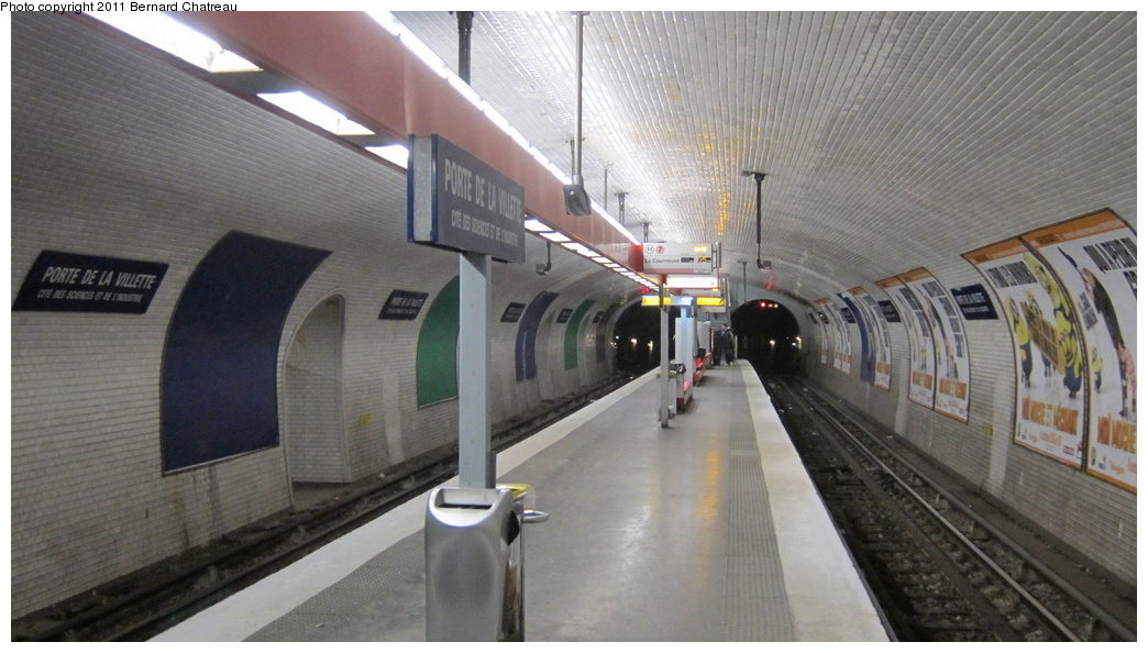 (240k, 1044x594)<br><b>Country:</b> France<br><b>City:</b> Paris<br><b>System:</b> RATP (Régie Autonome des Transports Parisiens)<br><b>Line:</b> Metro Ligne 7<br><b>Location:</b> Porte de la Villette <br><b>Photo by:</b> Bernard Chatreau<br><b>Date:</b> 12/3/2010<br><b>Viewed (this week/total):</b> 2 / 396