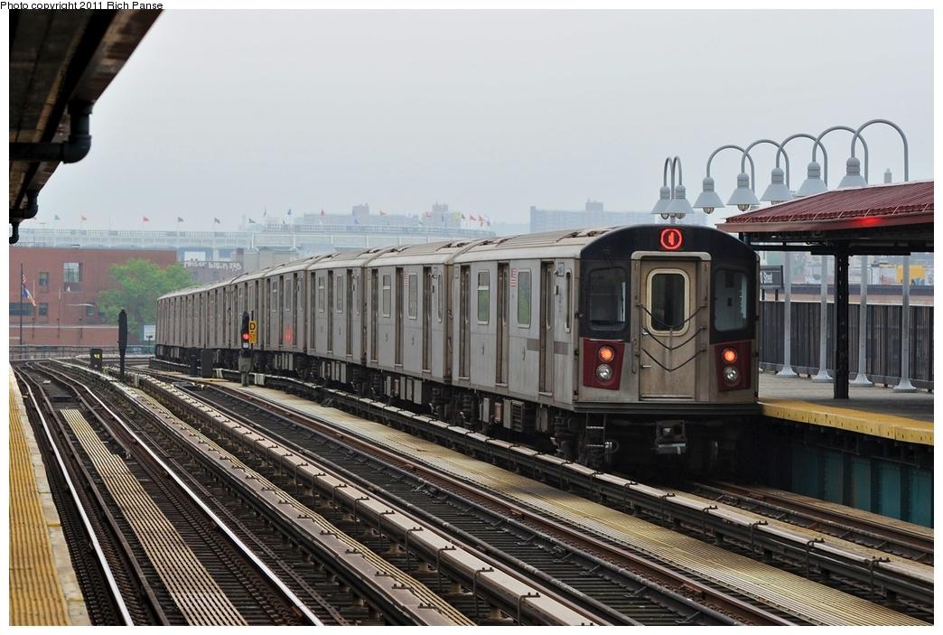 (270k, 1044x703)<br><b>Country:</b> United States<br><b>City:</b> New York<br><b>System:</b> New York City Transit<br><b>Line:</b> IRT Woodlawn Line<br><b>Location:</b> 170th Street <br><b>Route:</b> 4<br><b>Car:</b> R-142 (Option Order, Bombardier, 2002-2003)  1230 <br><b>Photo by:</b> Richard Panse<br><b>Date:</b> 5/22/2011<br><b>Viewed (this week/total):</b> 0 / 863