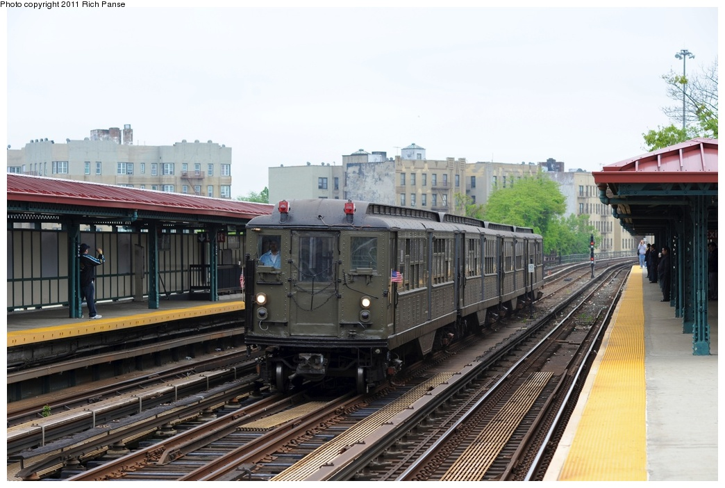 (254k, 1044x702)<br><b>Country:</b> United States<br><b>City:</b> New York<br><b>System:</b> New York City Transit<br><b>Line:</b> IRT Woodlawn Line<br><b>Location:</b> Bedford Park Boulevard <br><b>Route:</b> Transit Museum Nostalgia Train<br><b>Car:</b> Low-V (Museum Train) 5443 <br><b>Photo by:</b> Richard Panse<br><b>Date:</b> 5/22/2011<br><b>Viewed (this week/total):</b> 2 / 937