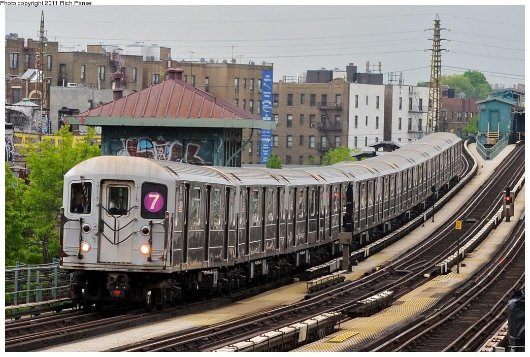 (329k, 1044x703)<br><b>Country:</b> United States<br><b>City:</b> New York<br><b>System:</b> New York City Transit<br><b>Line:</b> IRT Flushing Line<br><b>Location:</b> 61st Street/Woodside <br><b>Route:</b> 7<br><b>Car:</b> R-62A (Bombardier, 1984-1987)   <br><b>Photo by:</b> Richard Panse<br><b>Date:</b> 5/22/2011<br><b>Viewed (this week/total):</b> 2 / 984