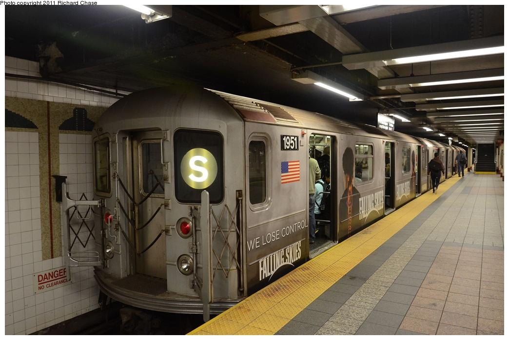 (258k, 1044x698)<br><b>Country:</b> United States<br><b>City:</b> New York<br><b>System:</b> New York City Transit<br><b>Line:</b> IRT Times Square-Grand Central Shuttle<br><b>Location:</b> Grand Central <br><b>Route:</b> S<br><b>Car:</b> R-62A (Bombardier, 1984-1987)  1951 <br><b>Photo by:</b> Richard Chase<br><b>Date:</b> 5/23/2011<br><b>Viewed (this week/total):</b> 0 / 707