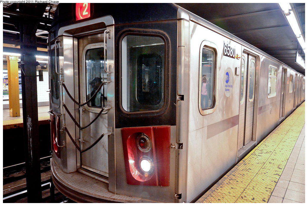 (417k, 1044x698)<br><b>Country:</b> United States<br><b>City:</b> New York<br><b>System:</b> New York City Transit<br><b>Line:</b> IRT West Side Line<br><b>Location:</b> 34th Street/Penn Station <br><b>Route:</b> 2<br><b>Car:</b> R-142 (Primary Order, Bombardier, 1999-2002)  6580 <br><b>Photo by:</b> Richard Chase<br><b>Date:</b> 5/23/2011<br><b>Viewed (this week/total):</b> 2 / 1509