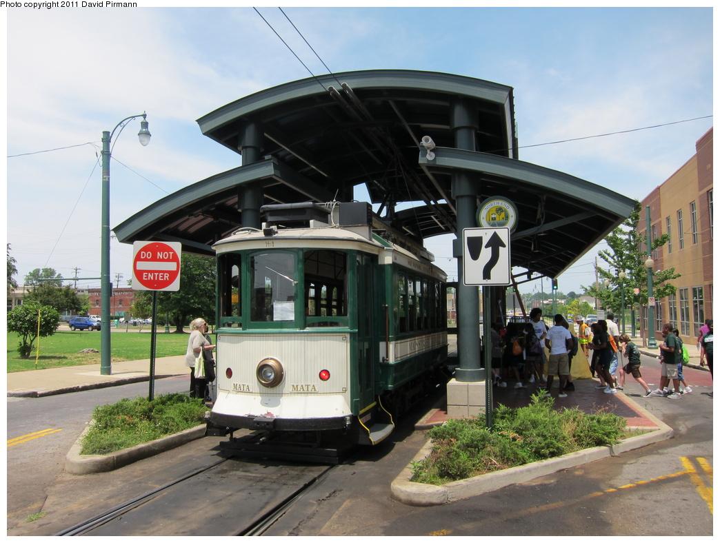 (325k, 1044x788)<br><b>Country:</b> United States<br><b>City:</b> Memphis, TN<br><b>System:</b> MATA <br><b>Line:</b> Main St. Line <br><b>Location:</b> Auction & Main <br><b>Car:</b> Porto Tram 164 <br><b>Photo by:</b> David Pirmann<br><b>Date:</b> 6/2/2011<br><b>Viewed (this week/total):</b> 0 / 649