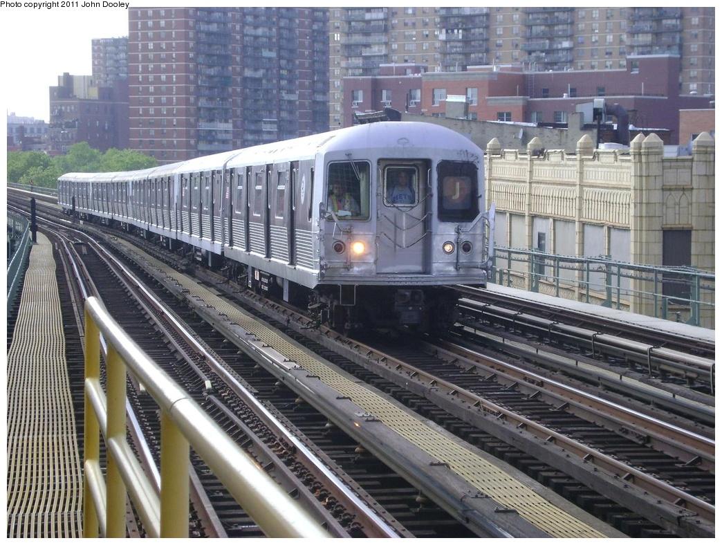 (371k, 1044x788)<br><b>Country:</b> United States<br><b>City:</b> New York<br><b>System:</b> New York City Transit<br><b>Line:</b> BMT Nassau Street/Jamaica Line<br><b>Location:</b> Flushing Avenue <br><b>Route:</b> J<br><b>Car:</b> R-42 (St. Louis, 1969-1970)  4788 <br><b>Photo by:</b> John Dooley<br><b>Date:</b> 5/24/2011<br><b>Viewed (this week/total):</b> 1 / 1097