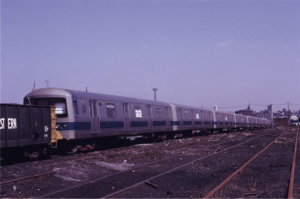 (189k, 1024x679)<br><b>Country:</b> United States<br><b>City:</b> Hoboken, NJ<br><b>System:</b> New York City Transit<br><b>Location:</b> Hoboken Yard <br><b>Car:</b> R-46 (Pullman-Standard, 1974-75) 142 <br><b>Photo by:</b> Gerald H. Landau<br><b>Collection of:</b> Joe Testagrose<br><b>Date:</b> 3/25/1972<br><b>Viewed (this week/total):</b> 3 / 1411