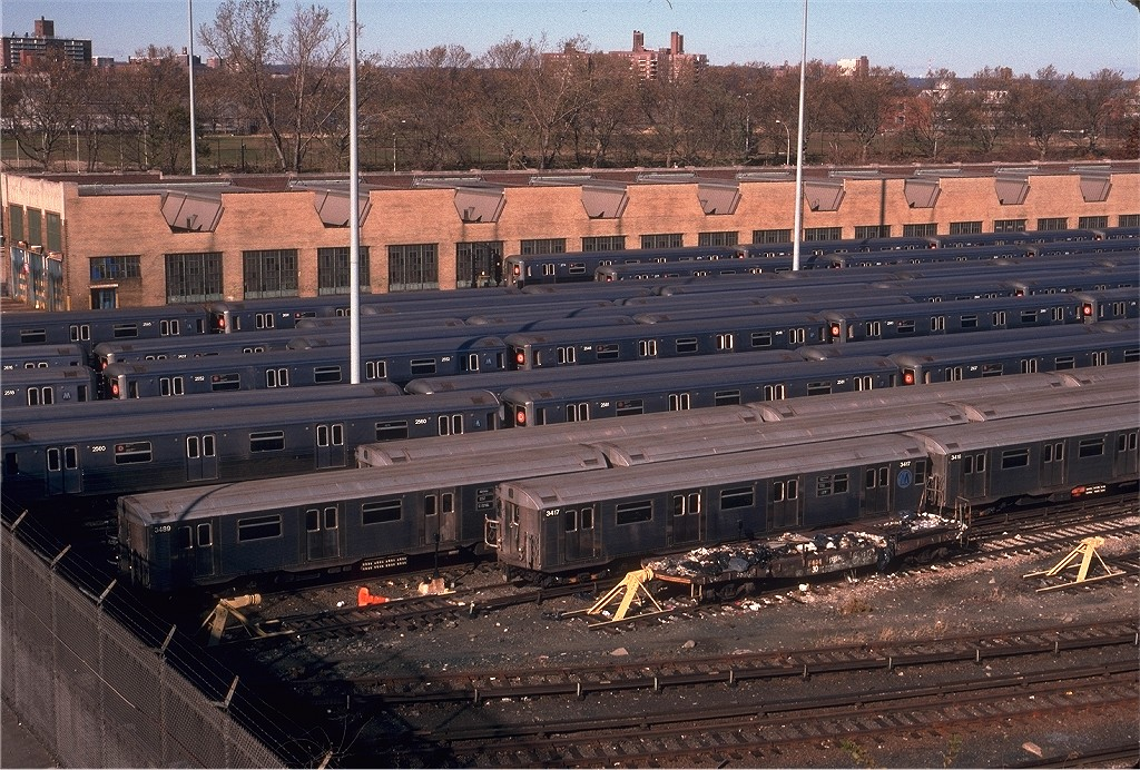 (283k, 1024x692)<br><b>Country:</b> United States<br><b>City:</b> New York<br><b>System:</b> New York City Transit<br><b>Location:</b> Concourse Yard<br><b>Car:</b> R-32 (Budd, 1964)  3417 <br><b>Photo by:</b> Eric Oszustowicz<br><b>Collection of:</b> Joe Testagrose<br><b>Date:</b> 12/2/1995<br><b>Viewed (this week/total):</b> 1 / 1345