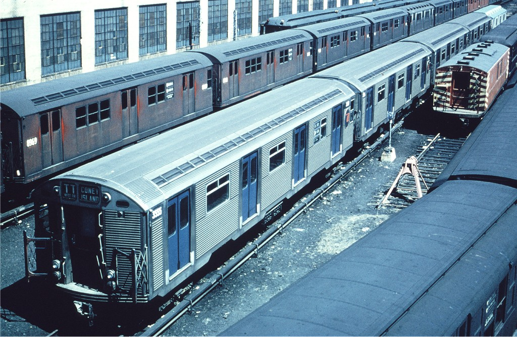 (279k, 1024x669)<br><b>Country:</b> United States<br><b>City:</b> New York<br><b>System:</b> New York City Transit<br><b>Location:</b> Concourse Yard<br><b>Car:</b> R-32 (Budd, 1964)  3555 <br><b>Photo by:</b> Matt Herson<br><b>Collection of:</b> Joe Testagrose<br><b>Date:</b> 5/1966<br><b>Viewed (this week/total):</b> 2 / 1308