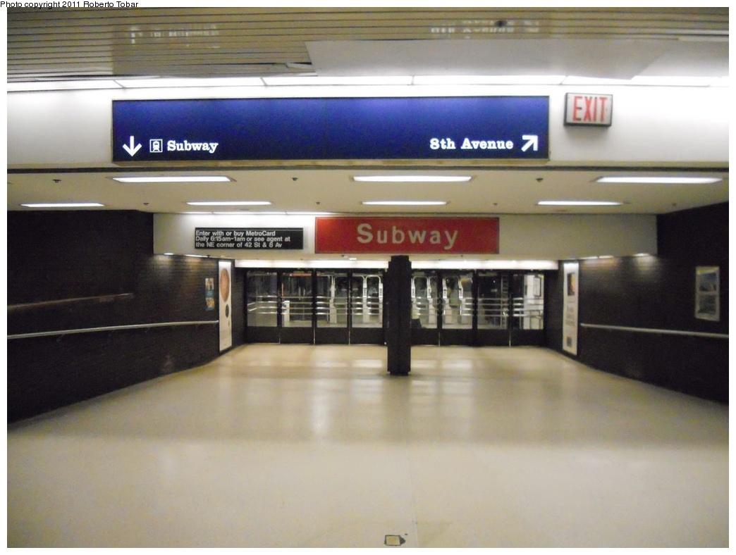 (256k, 1044x788)<br><b>Country:</b> United States<br><b>City:</b> New York<br><b>System:</b> New York City Transit<br><b>Line:</b> IND 8th Avenue Line<br><b>Location:</b> 42nd Street/Port Authority Bus Terminal <br><b>Photo by:</b> Roberto C. Tobar<br><b>Date:</b> 5/17/2011<br><b>Viewed (this week/total):</b> 3 / 2482
