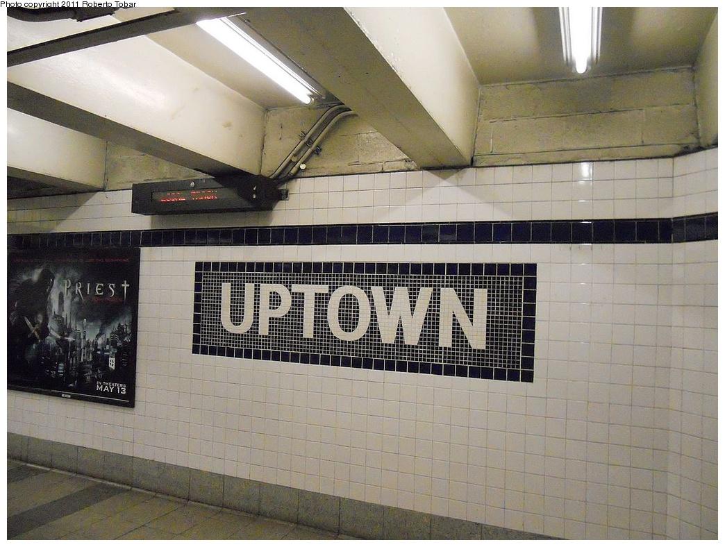 (362k, 1044x788)<br><b>Country:</b> United States<br><b>City:</b> New York<br><b>System:</b> New York City Transit<br><b>Line:</b> IND 8th Avenue Line<br><b>Location:</b> Canal Street-Holland Tunnel <br><b>Photo by:</b> Roberto C. Tobar<br><b>Date:</b> 5/4/2011<br><b>Viewed (this week/total):</b> 2 / 874