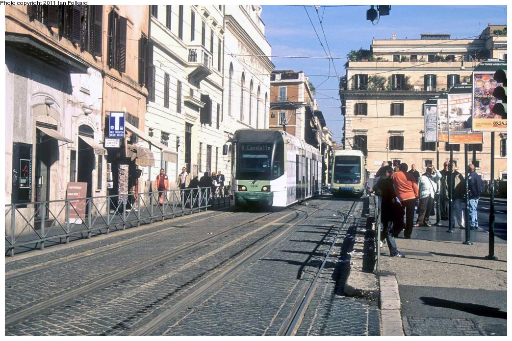 (440k, 1044x697)<br><b>Country:</b> Italy<br><b>City:</b> Rome<br><b>System:</b> ATAC <br><b>Location:</b> Largo Argentina <br><b>Route:</b> 8<br><b>Car:</b> Rome 8-Axle Roma-I (Fiat, 1998-99)  9134 <br><b>Photo by:</b> Ian Folkard<br><b>Date:</b> 9/27/2008<br><b>Notes:</b> Largo Argentina, with 9236<br><b>Viewed (this week/total):</b> 0 / 500