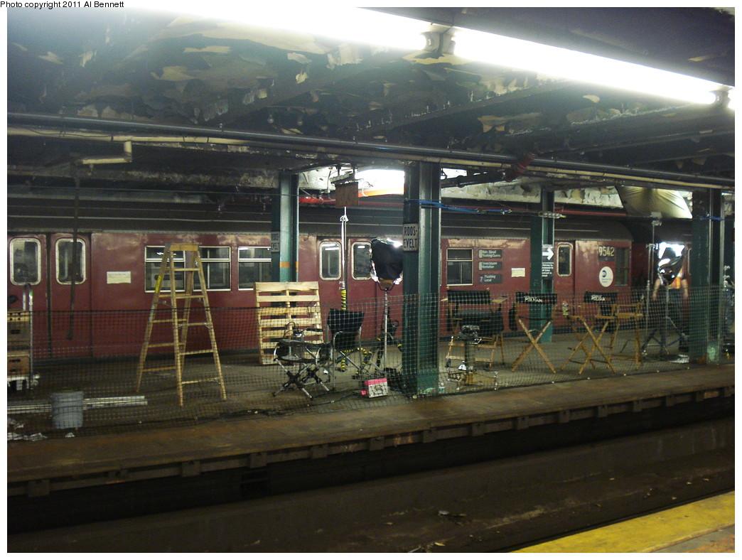 (235k, 1044x788)<br><b>Country:</b> United States<br><b>City:</b> New York<br><b>System:</b> New York City Transit<br><b>Line:</b> IND Fulton Street Line<br><b>Location:</b> Hoyt-Schermerhorn Street <br><b>Car:</b> R-36 Main Line (St. Louis, 1964) 9542 <br><b>Photo by:</b> Al Bennett, Jr.<br><b>Date:</b> 5/19/2008<br><b>Notes:</b> Taking of Pelham 1-2-3 (remake) movie shoot.<br><b>Viewed (this week/total):</b> 1 / 2208
