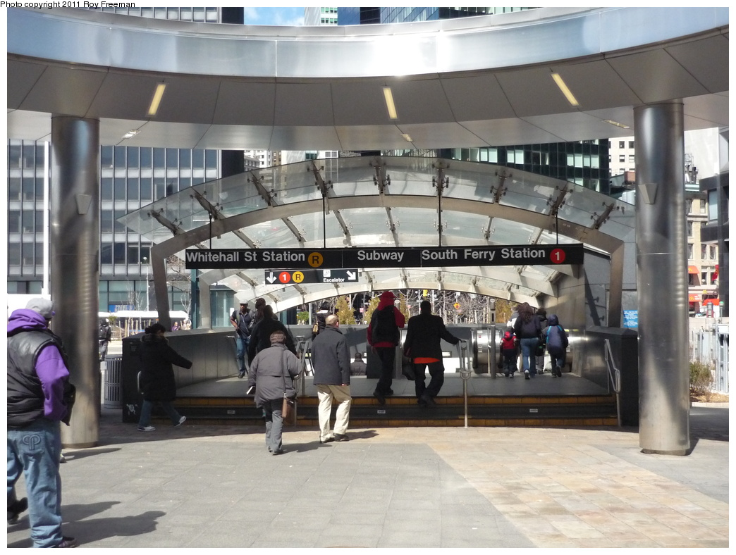 (320k, 1044x788)<br><b>Country:</b> United States<br><b>City:</b> New York<br><b>System:</b> New York City Transit<br><b>Line:</b> IRT West Side Line<br><b>Location:</b> South Ferry (New Station) <br><b>Photo by:</b> Roy Freeman<br><b>Date:</b> 4/3/2011<br><b>Notes:</b> Station entrance.<br><b>Viewed (this week/total):</b> 0 / 1714