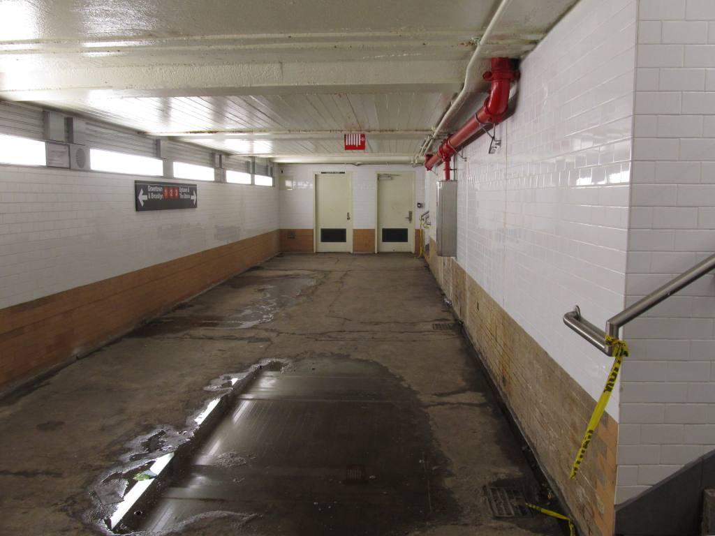 (84k, 1024x768)<br><b>Country:</b> United States<br><b>City:</b> New York<br><b>System:</b> New York City Transit<br><b>Line:</b> IRT West Side Line<br><b>Location:</b> 96th Street <br><b>Photo by:</b> Robbie Rosenfeld<br><b>Date:</b> 5/2/2011<br><b>Notes:</b> Pedestrian transfer underpass.<br><b>Viewed (this week/total):</b> 0 / 1411