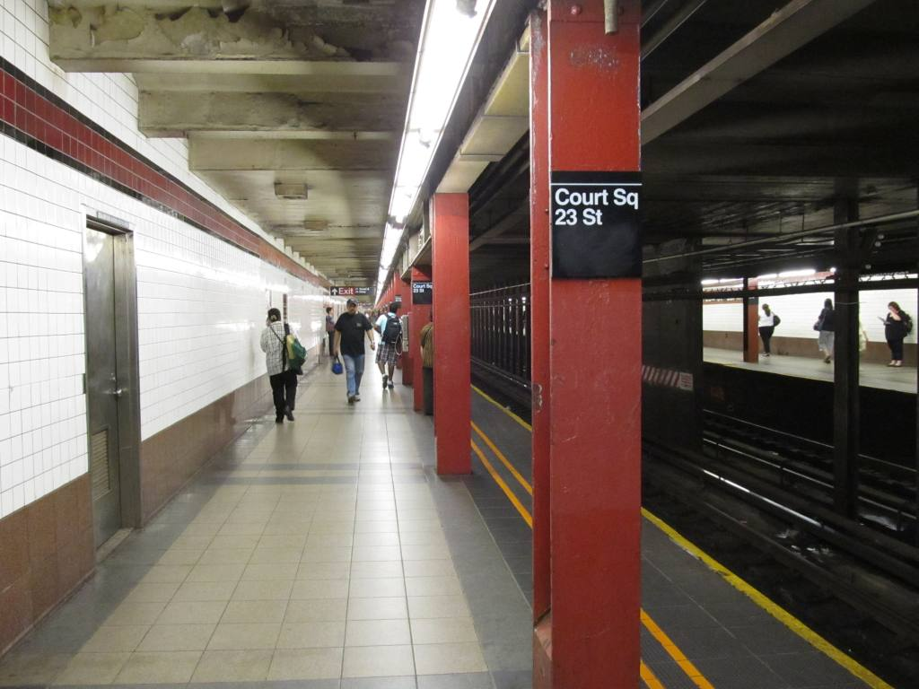 (98k, 1024x768)<br><b>Country:</b> United States<br><b>City:</b> New York<br><b>System:</b> New York City Transit<br><b>Line:</b> IND Queens Boulevard Line<br><b>Location:</b> Court Square/23rd St (Ely Avenue) <br><b>Photo by:</b> Robbie Rosenfeld<br><b>Date:</b> 6/6/2011<br><b>Notes:</b> New sign at 23rd/Ely reflecting new station complex name.<br><b>Viewed (this week/total):</b> 11 / 1007