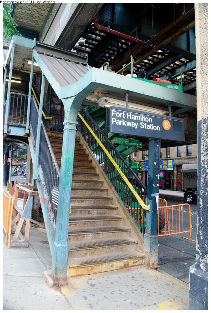 (358k, 705x1044)<br><b>Country:</b> United States<br><b>City:</b> New York<br><b>System:</b> New York City Transit<br><b>Line:</b> BMT West End Line<br><b>Location:</b> Fort Hamilton Parkway <br><b>Photo by:</b> Lee Winson<br><b>Date:</b> 6/4/2011<br><b>Notes:</b> Station entrance.<br><b>Viewed (this week/total):</b> 3 / 1112