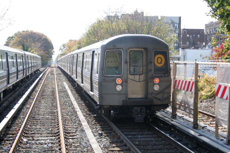 (116k, 800x533)<br><b>Country:</b> United States<br><b>City:</b> New York<br><b>System:</b> New York City Transit<br><b>Line:</b> BMT Brighton Line<br><b>Location:</b> Avenue J<br><b>Route:</b> Q<br><b>Car:</b> R-68 (Westinghouse-Amrail, 1986-1988) 2914 <br><b>Photo by:</b> Neil Feldman<br><b>Date:</b> 10/30/2009<br><b>Viewed (this week/total):</b> 2 / 1335