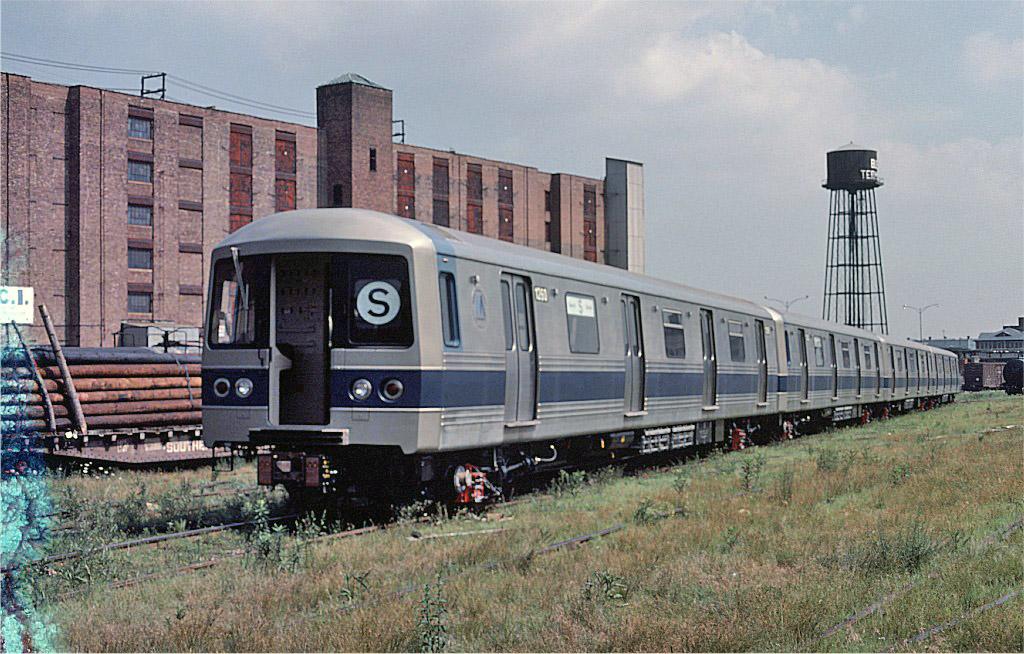 (246k, 1024x654)<br><b>Country:</b> United States<br><b>City:</b> New York<br><b>System:</b> New York City Transit<br><b>Location:</b> 1st Ave/49th St.<br><b>Car:</b> R-46 (Pullman-Standard, 1974-75) 1260 <br><b>Photo by:</b> Ed McKernan<br><b>Collection of:</b> Joe Testagrose<br><b>Date:</b> 6/27/1977<br><b>Viewed (this week/total):</b> 0 / 700