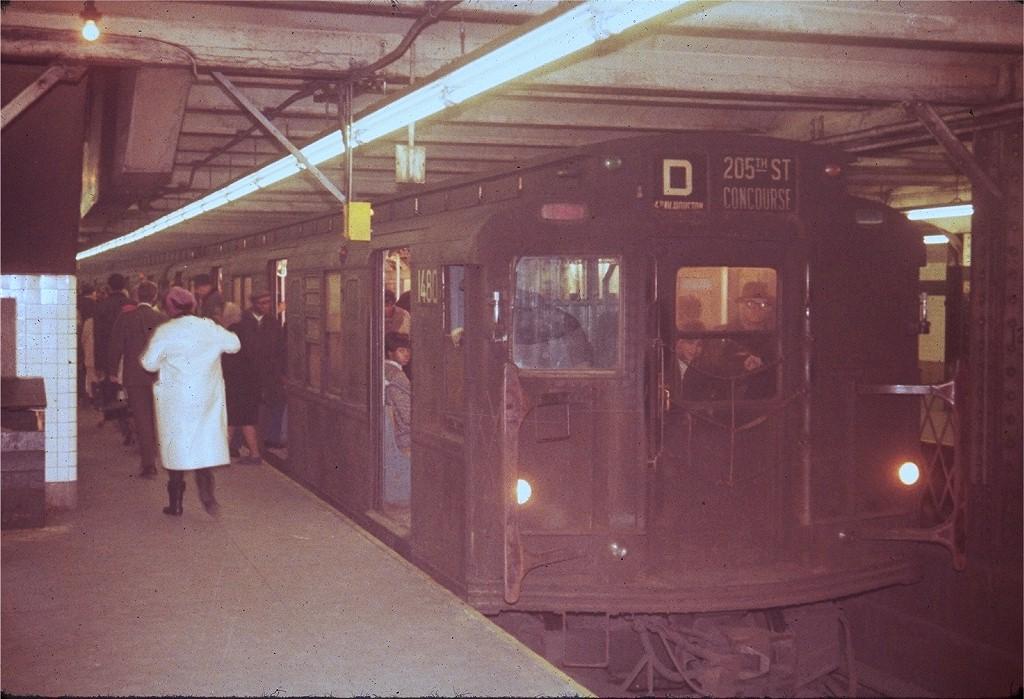 (198k, 1024x699)<br><b>Country:</b> United States<br><b>City:</b> New York<br><b>System:</b> New York City Transit<br><b>Line:</b> IND 8th Avenue Line<br><b>Location:</b> 125th Street <br><b>Route:</b> D<br><b>Car:</b> R-7 (Pullman, 1937)  1480 <br><b>Photo by:</b> Steve Zabel<br><b>Collection of:</b> Joe Testagrose<br><b>Viewed (this week/total):</b> 3 / 2007