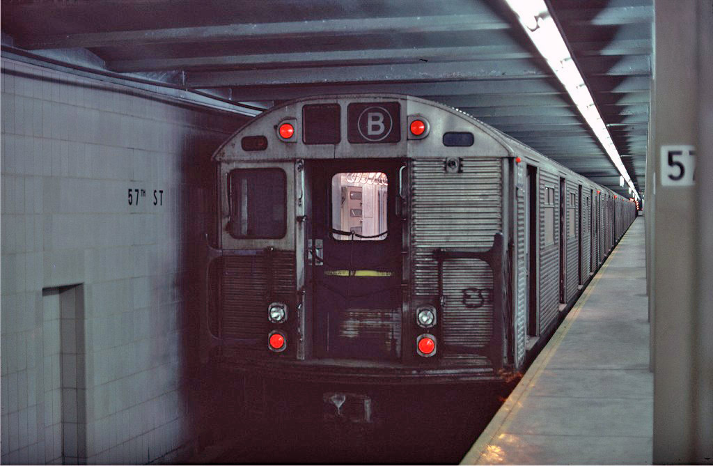 (166k, 1024x669)<br><b>Country:</b> United States<br><b>City:</b> New York<br><b>System:</b> New York City Transit<br><b>Line:</b> IND 6th Avenue Line<br><b>Location:</b> 57th Street <br><b>Route:</b> B<br><b>Car:</b> R-32 (Budd, 1964)  3690 <br><b>Collection of:</b> Joe Testagrose<br><b>Date:</b> 1/26/1977<br><b>Viewed (this week/total):</b> 2 / 1565