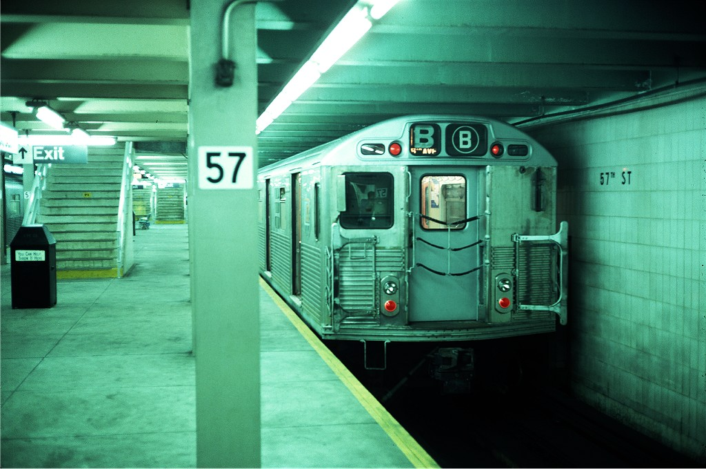 (182k, 1024x680)<br><b>Country:</b> United States<br><b>City:</b> New York<br><b>System:</b> New York City Transit<br><b>Line:</b> IND 6th Avenue Line<br><b>Location:</b> 57th Street <br><b>Route:</b> B<br><b>Car:</b> R-38 (St. Louis, 1966-1967)  3988 <br><b>Photo by:</b> Steve Zabel<br><b>Collection of:</b> Joe Testagrose<br><b>Date:</b> 6/11/1977<br><b>Viewed (this week/total):</b> 7 / 1596