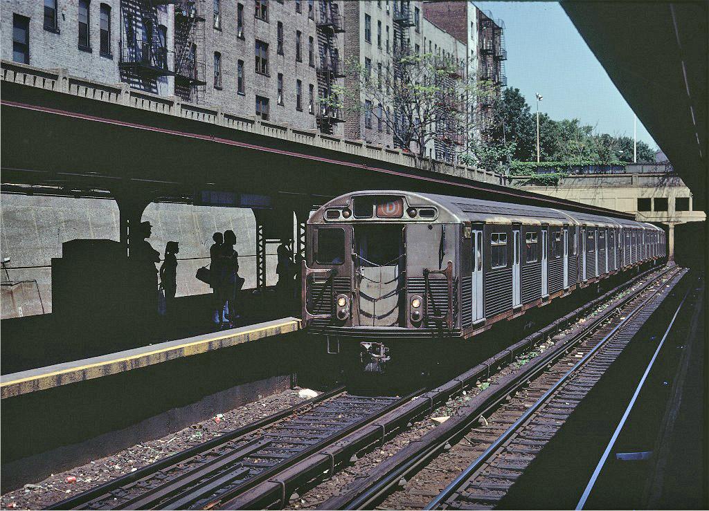 (339k, 1024x739)<br><b>Country:</b> United States<br><b>City:</b> New York<br><b>System:</b> New York City Transit<br><b>Line:</b> BMT Brighton Line<br><b>Location:</b> Prospect Park <br><b>Route:</b> D<br><b>Car:</b> R-38 (St. Louis, 1966-1967)  4092 <br><b>Photo by:</b> Steve Zabel<br><b>Collection of:</b> Joe Testagrose<br><b>Date:</b> 7/11/1981<br><b>Viewed (this week/total):</b> 0 / 1655