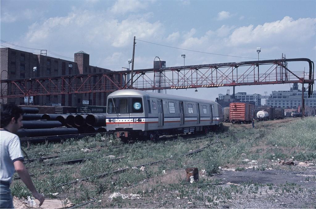 (227k, 1024x676)<br><b>Country:</b> United States<br><b>City:</b> New York<br><b>System:</b> New York City Transit<br><b>Location:</b> 1st Ave/50th St<br><b>Car:</b> R-46 (Pullman-Standard, 1974-75) 1776 <br><b>Photo by:</b> Gerald H. Landau<br><b>Collection of:</b> Joe Testagrose<br><b>Date:</b> 6/27/1976<br><b>Viewed (this week/total):</b> 0 / 809