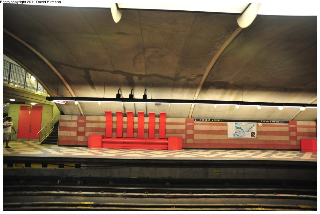 (293k, 1044x701)<br><b>Country:</b> Canada<br><b>City:</b> Montréal, Québec<br><b>System:</b> STM-Metro<br><b>Line:</b> STM Blue Line <br><b>Location:</b> Édouard-Montpetit <br><b>Photo by:</b> David Pirmann<br><b>Date:</b> 7/2/2011<br><b>Viewed (this week/total):</b> 1 / 309