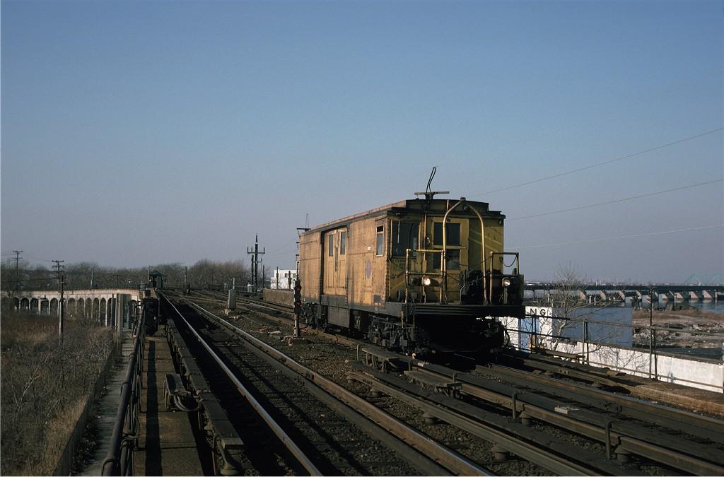 (166k, 1024x675)<br><b>Country:</b> United States<br><b>City:</b> New York<br><b>System:</b> New York City Transit<br><b>Line:</b> IND Rockaway<br><b>Location:</b> Hammels Wye <br><b>Car:</b> BMT Signal Supply Car (Diff. Car Co., 1927)  44 <br><b>Photo by:</b> Steve Zabel<br><b>Collection of:</b> Joe Testagrose<br><b>Date:</b> 12/19/1974<br><b>Viewed (this week/total):</b> 3 / 1515