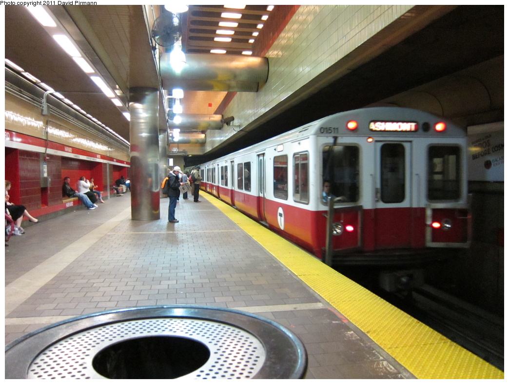 (320k, 1044x788)<br><b>Country:</b> United States<br><b>City:</b> Boston, MA<br><b>System:</b> MBTA<br><b>Line:</b> MBTA Red Line<br><b>Location:</b> Harvard <br><b>Car:</b> MBTA 01500 Series (Pullman-Standard, 1969-1970)  01511 <br><b>Photo by:</b> David Pirmann<br><b>Date:</b> 6/22/2011<br><b>Viewed (this week/total):</b> 1 / 1481