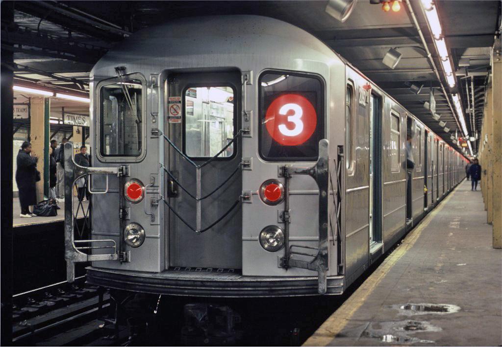 (248k, 1024x709)<br><b>Country:</b> United States<br><b>City:</b> New York<br><b>System:</b> New York City Transit<br><b>Line:</b> IRT West Side Line<br><b>Location:</b> Times Square/42nd Street <br><b>Car:</b> R-62A (Bombardier, 1984-1987)  2092 <br><b>Photo by:</b> Eric Oszustowicz<br><b>Collection of:</b> Joe Testagrose<br><b>Date:</b> 12/27/1987<br><b>Viewed (this week/total):</b> 4 / 2448