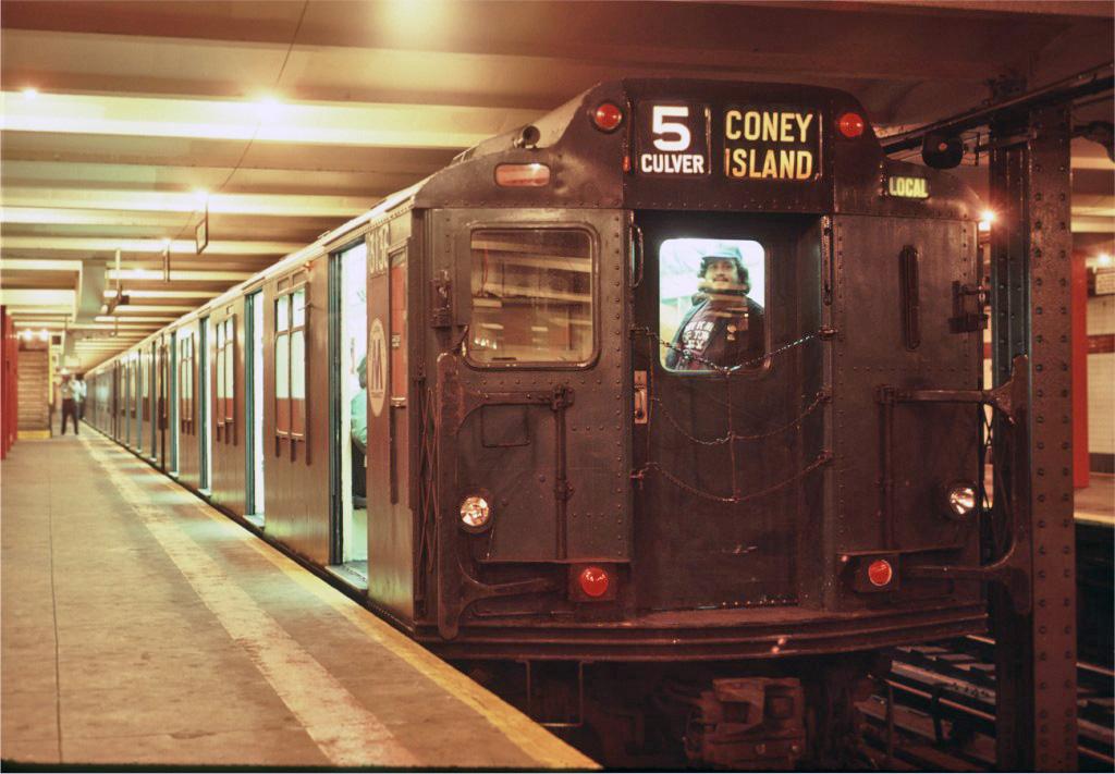 (229k, 1024x711)<br><b>Country:</b> United States<br><b>City:</b> New York<br><b>System:</b> New York City Transit<br><b>Line:</b> IND Crosstown Line<br><b>Location:</b> Church Avenue <br><b>Route:</b> Fan Trip<br><b>Car:</b> R-10 (American Car & Foundry, 1948) 3136 <br><b>Photo by:</b> Eric Oszustowicz<br><b>Collection of:</b> Joe Testagrose<br><b>Date:</b> 6/8/1986<br><b>Viewed (this week/total):</b> 2 / 2873