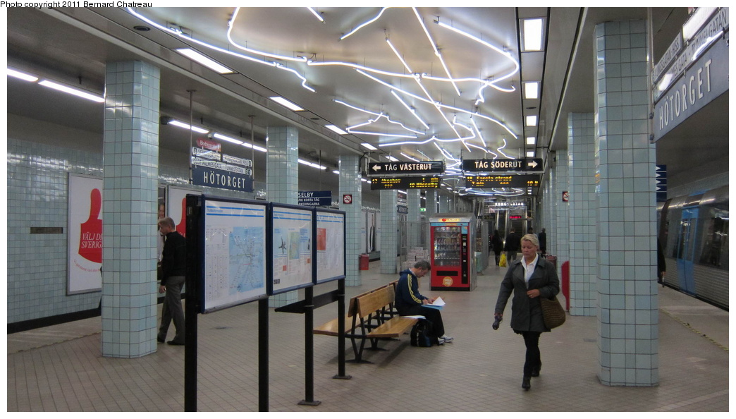 (250k, 1044x594)<br><b>Country:</b> Sweden<br><b>City:</b> Stockholm<br><b>System:</b> Storstockholms Lokaltrafik<br><b>Line:</b> Tunnelbana Green Line<br><b>Location:</b> Hötorget<br><b>Photo by:</b> Bernard Chatreau<br><b>Date:</b> 9/16/2010<br><b>Viewed (this week/total):</b> 1 / 405