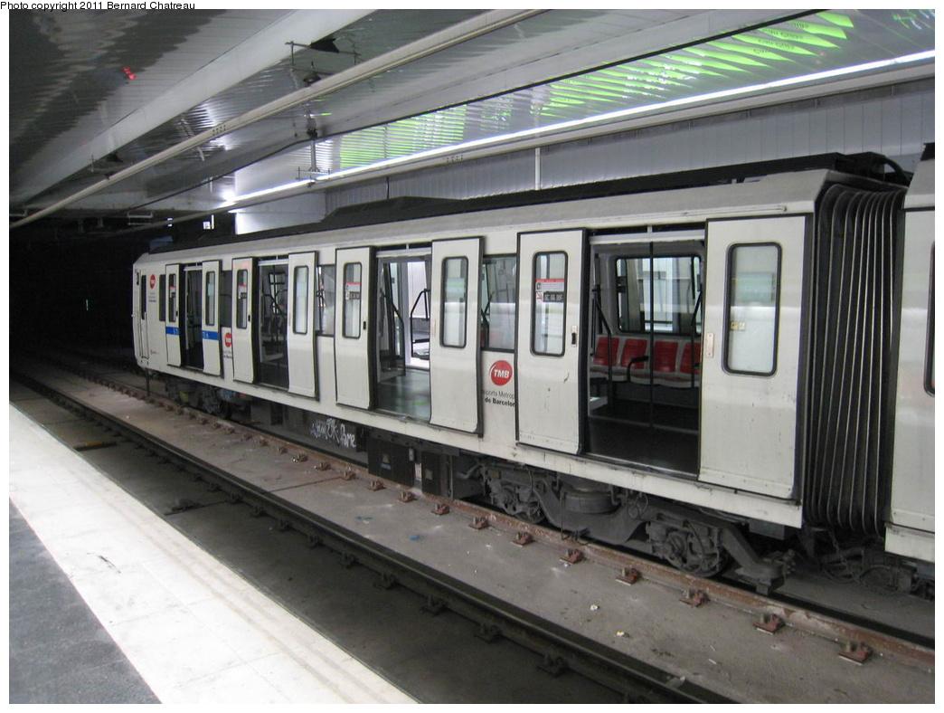 (292k, 1044x788)<br><b>Country:</b> Spain<br><b>City:</b> Barcelona<br><b>System:</b> Ferrocarril Metropolita de Barcelona (FMB)<br><b>Line:</b> FMB L11 (Trinitat Nova - Can Cuiàs)<br><b>Location:</b> Can Cuiàs (L11)<br><b>Car:</b>  502 <br><b>Photo by:</b> Bernard Chatreau<br><b>Date:</b> 2/23/2008<br><b>Viewed (this week/total):</b> 0 / 532