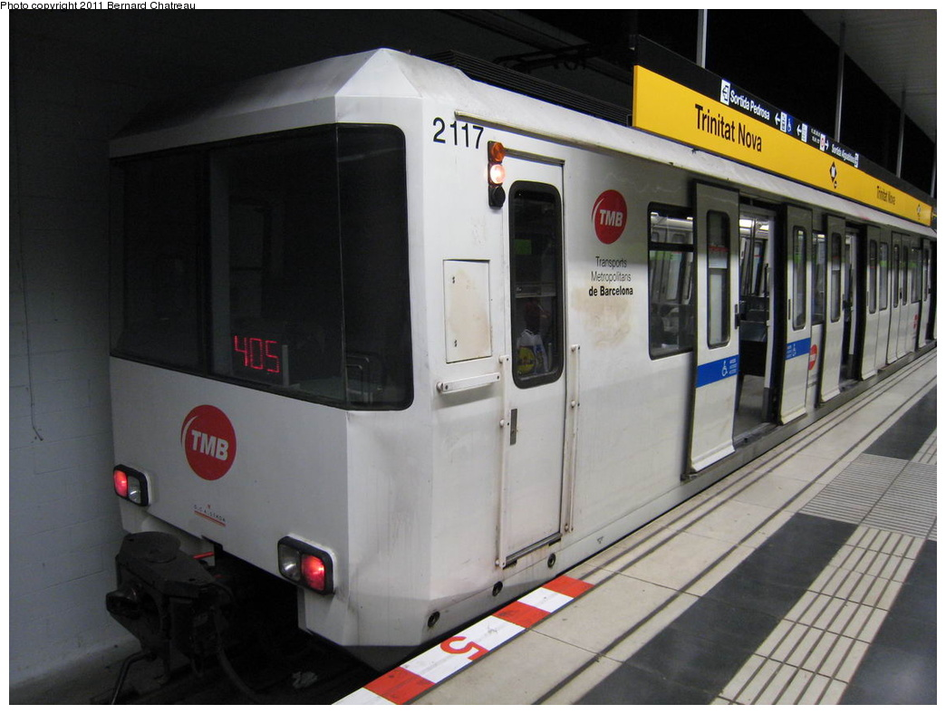 (258k, 1044x788)<br><b>Country:</b> Spain<br><b>City:</b> Barcelona<br><b>System:</b> Ferrocarril Metropolita de Barcelona (FMB)<br><b>Line:</b> FMB L4 (Trinitat Nova - La Pau)<br><b>Location:</b> Trinitat Nova (L4)<br><b>Car:</b>  2117 <br><b>Photo by:</b> Bernard Chatreau<br><b>Date:</b> 2/23/2008<br><b>Viewed (this week/total):</b> 1 / 400