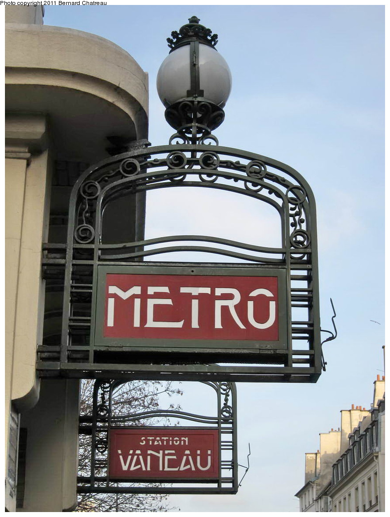 (265k, 788x1044)<br><b>Country:</b> France<br><b>City:</b> Paris<br><b>System:</b> RATP (Régie Autonome des Transports Parisiens)<br><b>Line:</b> Metro Ligne 10<br><b>Location:</b> Vaneau <br><b>Photo by:</b> Bernard Chatreau<br><b>Date:</b> 1/14/2010<br><b>Viewed (this week/total):</b> 0 / 389