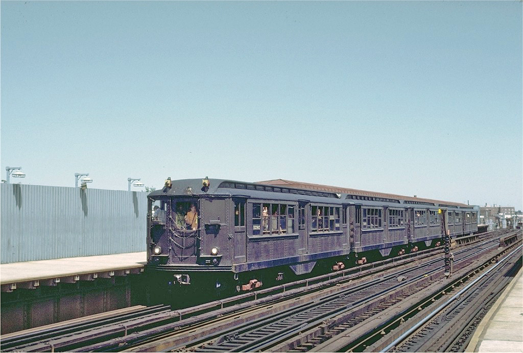 (259k, 1024x692)<br><b>Country:</b> United States<br><b>City:</b> New York<br><b>System:</b> New York City Transit<br><b>Line:</b> IRT West Side Line<br><b>Location:</b> 238th Street <br><b>Route:</b> Fan Trip<br><b>Car:</b> Low-V (Museum Train) 5292 <br><b>Photo by:</b> Joe Testagrose<br><b>Date:</b> 8/5/1972<br><b>Viewed (this week/total):</b> 3 / 989