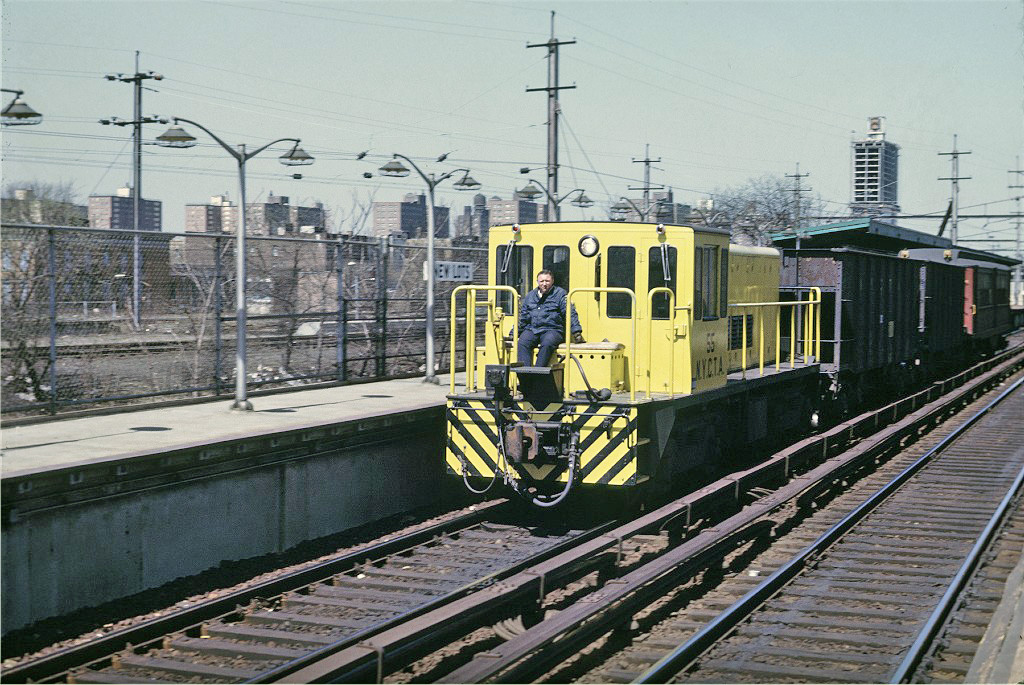 (329k, 1024x685)<br><b>Country:</b> United States<br><b>City:</b> New York<br><b>System:</b> New York City Transit<br><b>Line:</b> BMT Canarsie Line<br><b>Location:</b> New Lots Avenue <br><b>Route:</b> Work Service<br><b>Car:</b> R-41 Locomotive  55 <br><b>Photo by:</b> Joe Testagrose<br><b>Date:</b> 4/12/1969<br><b>Viewed (this week/total):</b> 0 / 1003