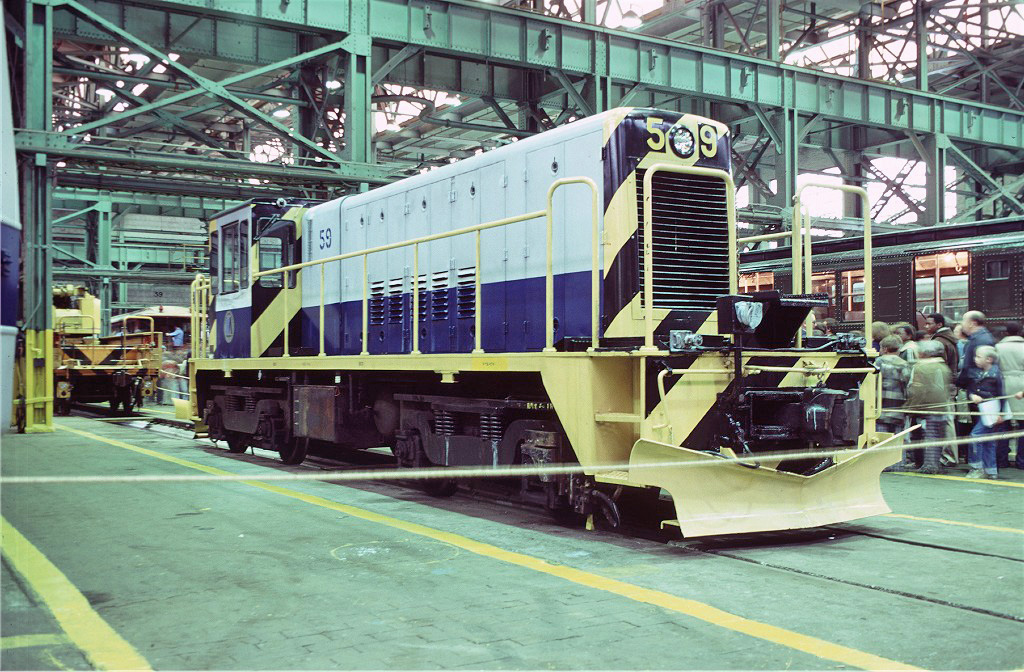 (361k, 1024x672)<br><b>Country:</b> United States<br><b>City:</b> New York<br><b>System:</b> New York City Transit<br><b>Location:</b> Coney Island Shop/Overhaul & Repair Shop<br><b>Car:</b> R-41 Locomotive  59 <br><b>Photo by:</b> Doug Grotjahn<br><b>Collection of:</b> Joe Testagrose<br><b>Date:</b> 10/13/1979<br><b>Viewed (this week/total):</b> 2 / 749
