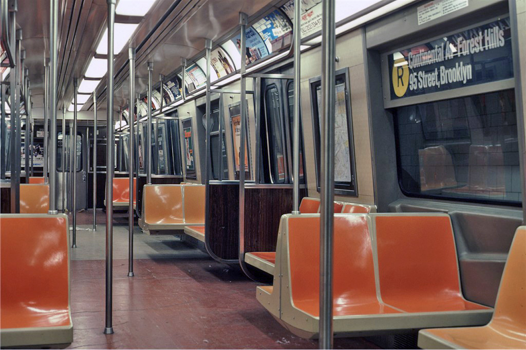 (258k, 1024x683)<br><b>Country:</b> United States<br><b>City:</b> New York<br><b>System:</b> New York City Transit<br><b>Route:</b> R<br><b>Car:</b> R-46 (Pullman-Standard, 1974-75) 759 <br><b>Photo by:</b> Eric Oszustowicz<br><b>Collection of:</b> Joe Testagrose<br><b>Date:</b> 12/27/1987<br><b>Viewed (this week/total):</b> 4 / 1974