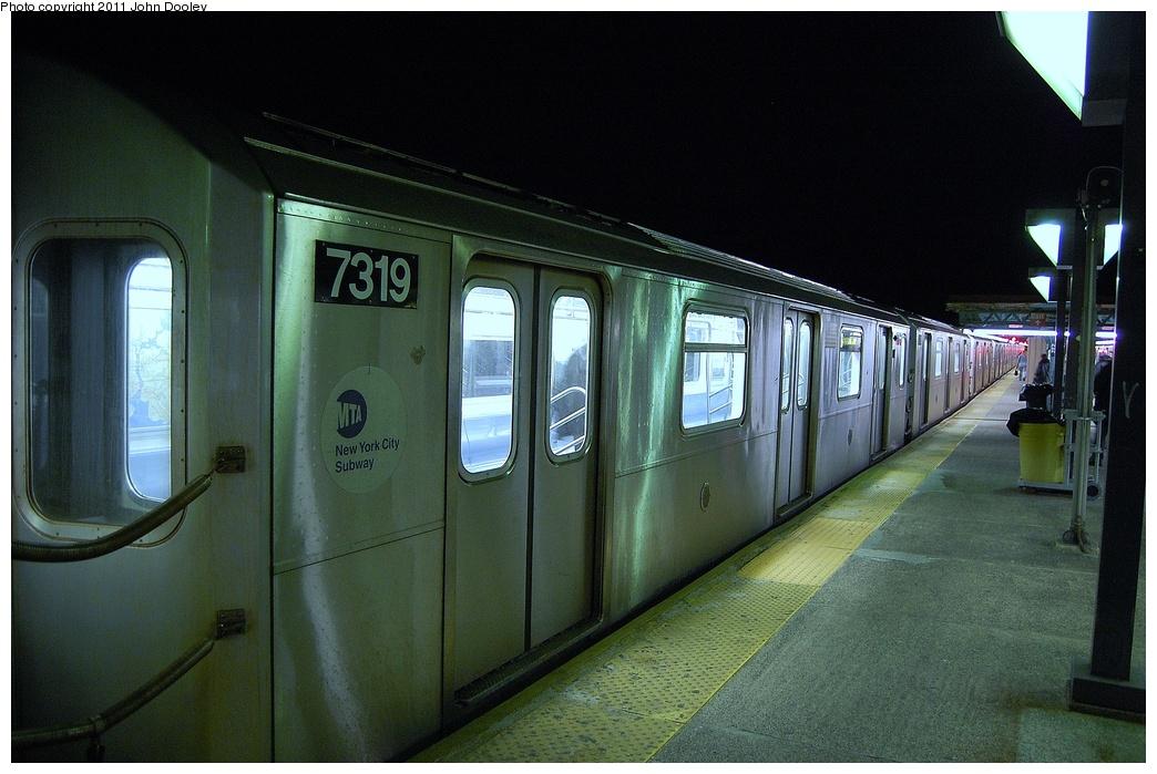 (316k, 1044x699)<br><b>Country:</b> United States<br><b>City:</b> New York<br><b>System:</b> New York City Transit<br><b>Line:</b> IRT Pelham Line<br><b>Location:</b> Pelham Bay Park <br><b>Route:</b> 6<br><b>Car:</b> R-142A (Primary Order, Kawasaki, 1999-2002)  7319 <br><b>Photo by:</b> John Dooley<br><b>Date:</b> 3/2/2011<br><b>Viewed (this week/total):</b> 0 / 1318