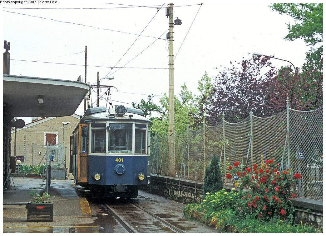 (306k, 1044x758)<br><b>Country:</b> Italy<br><b>City:</b> Trieste<br><b>System:</b> Opicina Tramway<br><b>Car:</b>  401 <br><b>Photo by:</b> Thierry Leleu<br><b>Date:</b> 3/8/2007<br><b>Notes:</b> Trieste Opicina - lower terminal<br><b>Viewed (this week/total):</b> 1 / 781