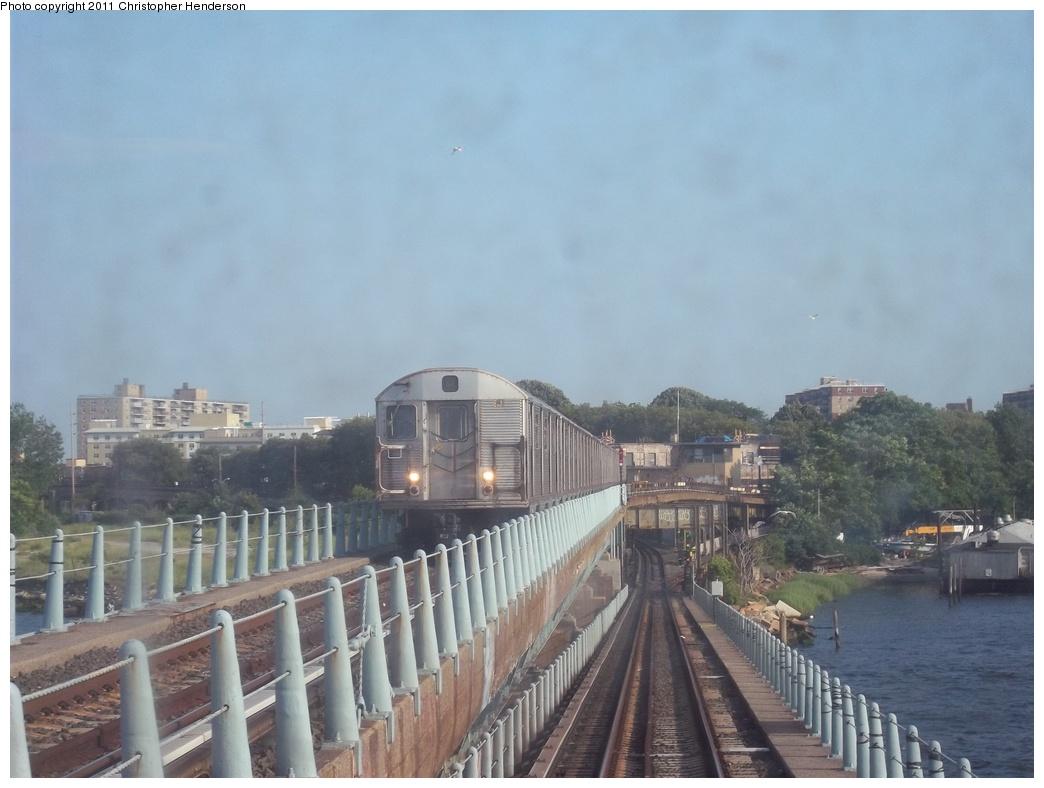 (274k, 1044x788)<br><b>Country:</b> United States<br><b>City:</b> New York<br><b>System:</b> New York City Transit<br><b>Line:</b> IND Rockaway<br><b>Location:</b> Hammels Wye <br><b>Route:</b> A<br><b>Car:</b> R-32 (Budd, 1964)   <br><b>Photo by:</b> Christopher Henderson<br><b>Date:</b> 7/22/2011<br><b>Viewed (this week/total):</b> 1 / 1052