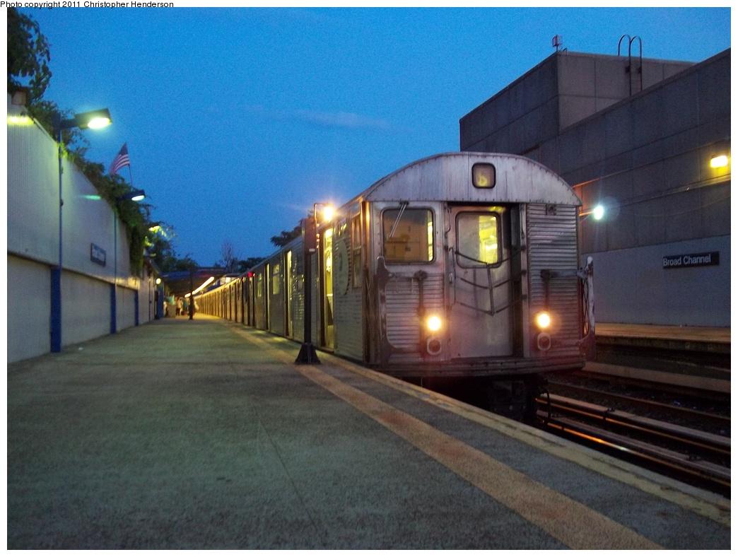 (312k, 1044x788)<br><b>Country:</b> United States<br><b>City:</b> New York<br><b>System:</b> New York City Transit<br><b>Line:</b> IND Rockaway<br><b>Location:</b> Broad Channel <br><b>Route:</b> H<br><b>Car:</b> R-32 (Budd, 1964)  3767 <br><b>Photo by:</b> Christopher Henderson<br><b>Date:</b> 7/22/2011<br><b>Viewed (this week/total):</b> 0 / 1247