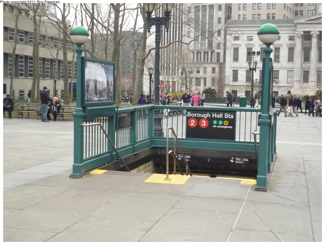 (326k, 1044x788)<br><b>Country:</b> United States<br><b>City:</b> New York<br><b>System:</b> New York City Transit<br><b>Line:</b> IRT Brooklyn Line<br><b>Location:</b> Borough Hall (West Side Branch) <br><b>Photo by:</b> Roy Freeman<br><b>Date:</b> 4/4/2011<br><b>Notes:</b> Borough Hall IRT entrance<br><b>Viewed (this week/total):</b> 2 / 1408
