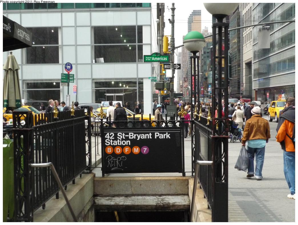 (357k, 1044x788)<br><b>Country:</b> United States<br><b>City:</b> New York<br><b>System:</b> New York City Transit<br><b>Line:</b> IND 6th Avenue Line<br><b>Location:</b> 42nd Street/Bryant Park <br><b>Photo by:</b> Roy Freeman<br><b>Date:</b> 4/4/2011<br><b>Notes:</b> 42st/Bryant Park entrance @ 6th Ave<br><b>Viewed (this week/total):</b> 0 / 1261