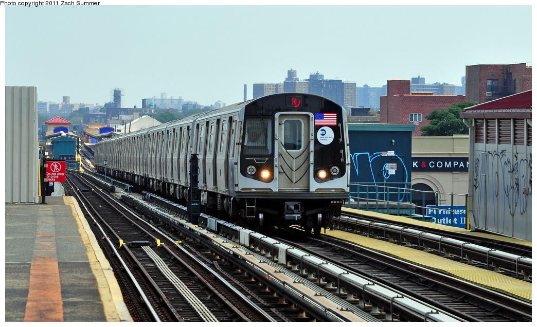 (352k, 1044x636)<br><b>Country:</b> United States<br><b>City:</b> New York<br><b>System:</b> New York City Transit<br><b>Line:</b> BMT West End Line<br><b>Location:</b> 20th Avenue <br><b>Route:</b> N Reroute<br><b>Car:</b> R-160B (Option 1) (Kawasaki, 2008-2009)  9043 <br><b>Photo by:</b> Zach Summer<br><b>Date:</b> 7/22/2011<br><b>Viewed (this week/total):</b> 3 / 821