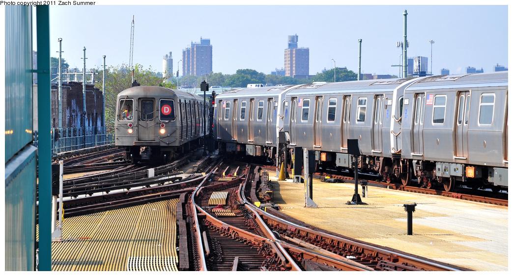 (372k, 1044x563)<br><b>Country:</b> United States<br><b>City:</b> New York<br><b>System:</b> New York City Transit<br><b>Location:</b> Coney Island/Stillwell Avenue<br><b>Route:</b> D Put-in<br><b>Car:</b> R-68 (Westinghouse-Amrail, 1986-1988)  2906 <br><b>Photo by:</b> Zach Summer<br><b>Date:</b> 7/22/2011<br><b>Viewed (this week/total):</b> 1 / 940